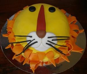 glutenvrije-leeuw-taart